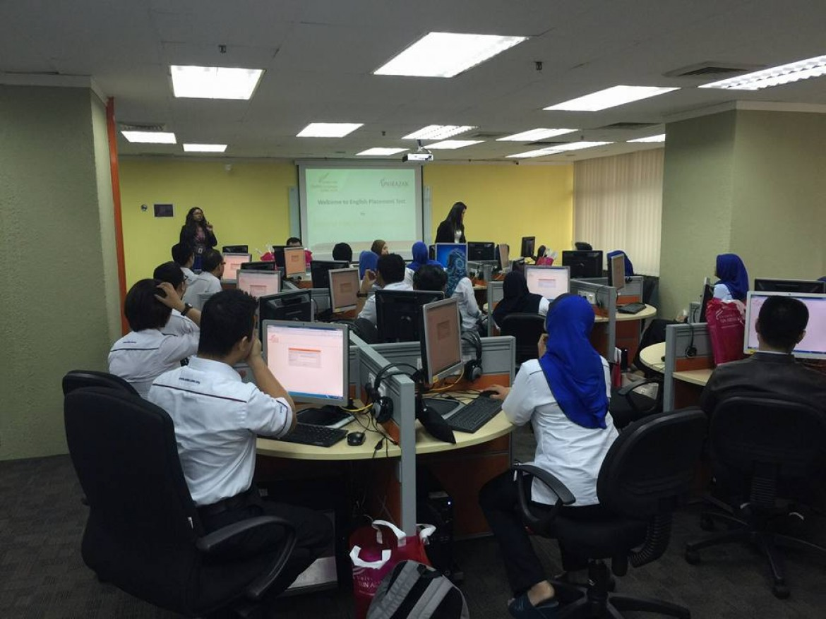 Exim Bank Direct English Training in UniRazak